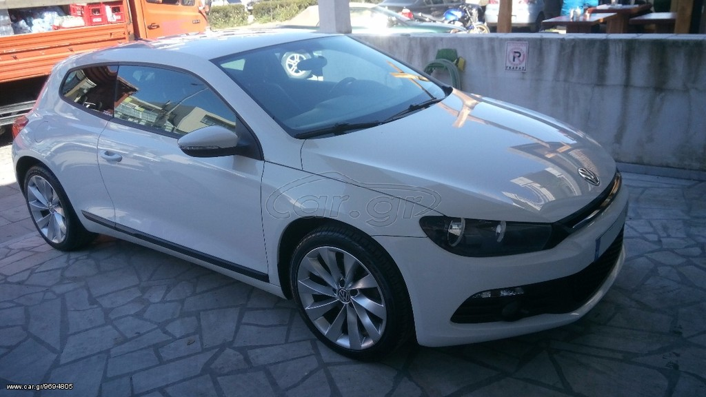 volkswagen scirocco tsi 160 hp 39 2010 12500 0 eur. Black Bedroom Furniture Sets. Home Design Ideas
